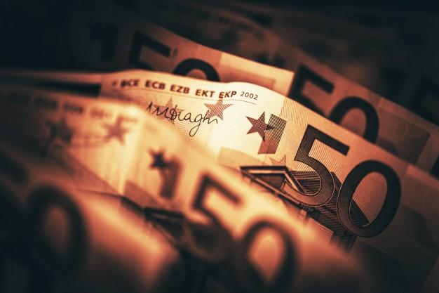 billetes-euros-cinecuenta-dinero