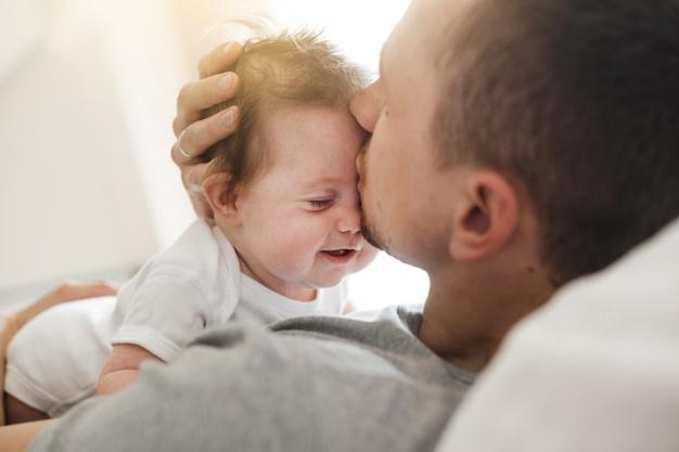 Trámites que tienen que realizar los autónomos para pedir la baja por paternidad