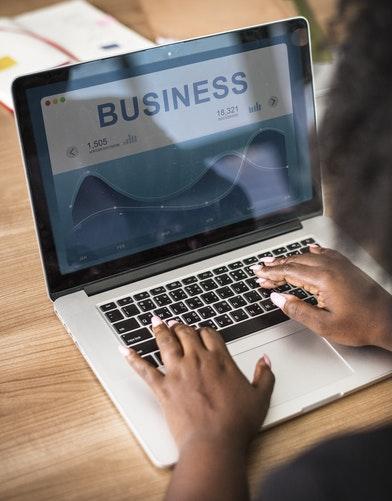 Por qué invertir en un negocio online es un acierto.